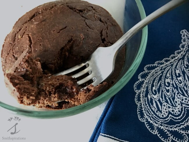 chocolate-cake-for-one-very-close-with-fork